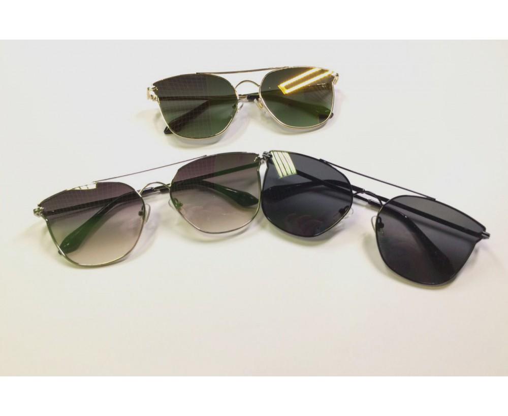 Очки солнцезащитные 3002
